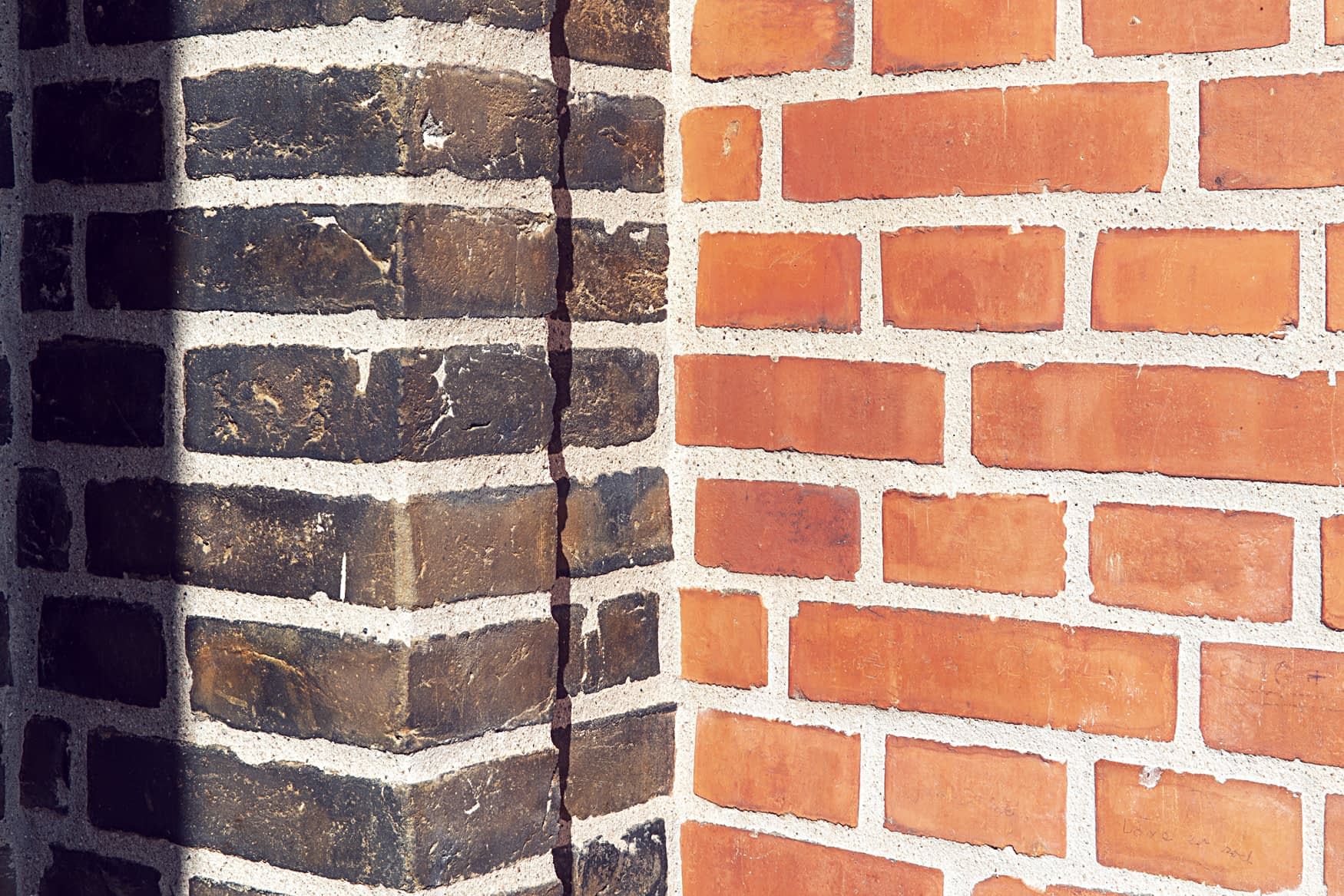 Detalje fra facaderenovering i Brønshøj